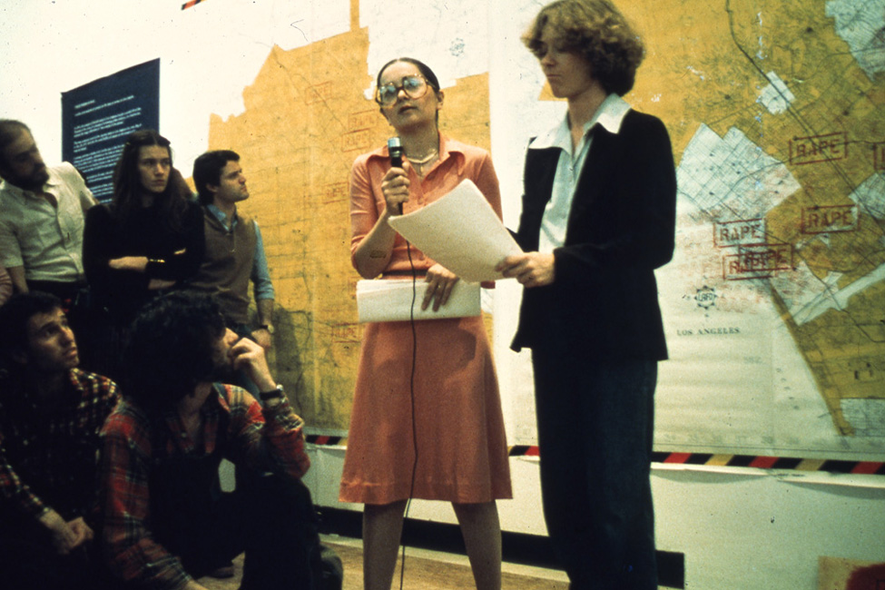 """Suzanne Lacy, """"Three Weeks in May,"""" 1977, a meeting in front of the original map. Courtesy LACE."""