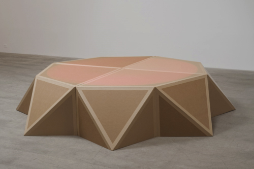 Amalia Pica, Stage (as seen on Afghan Star), 2011, cardboard, wood, tape, spotlight, 25.4 x 279.4 cm, Colección Patricia Phelps de Cisneros.