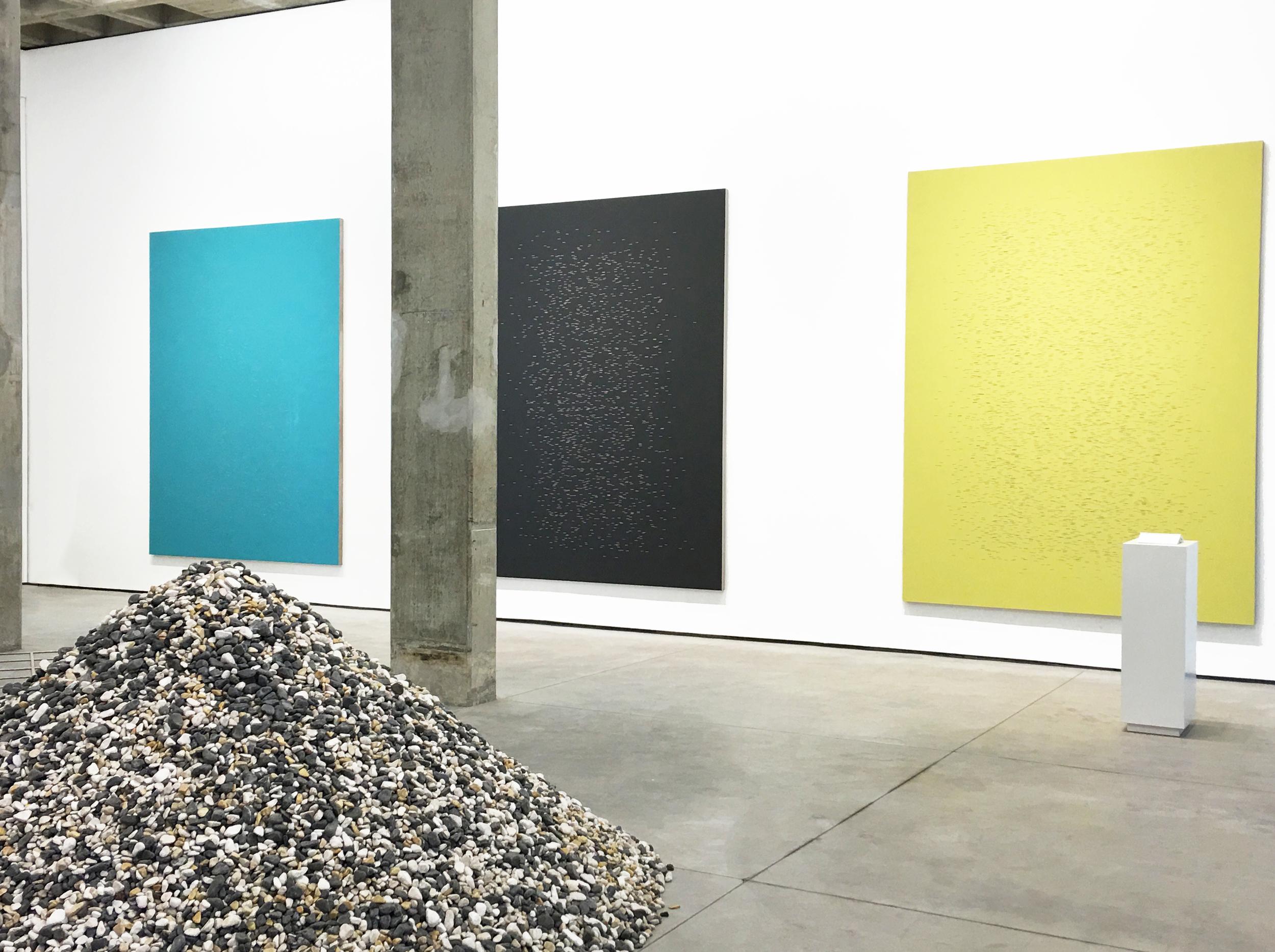 Jorge Méndez Blake, Ventana poniente, Vista de la exposición en la galería OMR, Ciudad de México / West Window, Exhibition view in OMR Gallery, Mexico City. Courtesy of the artist.