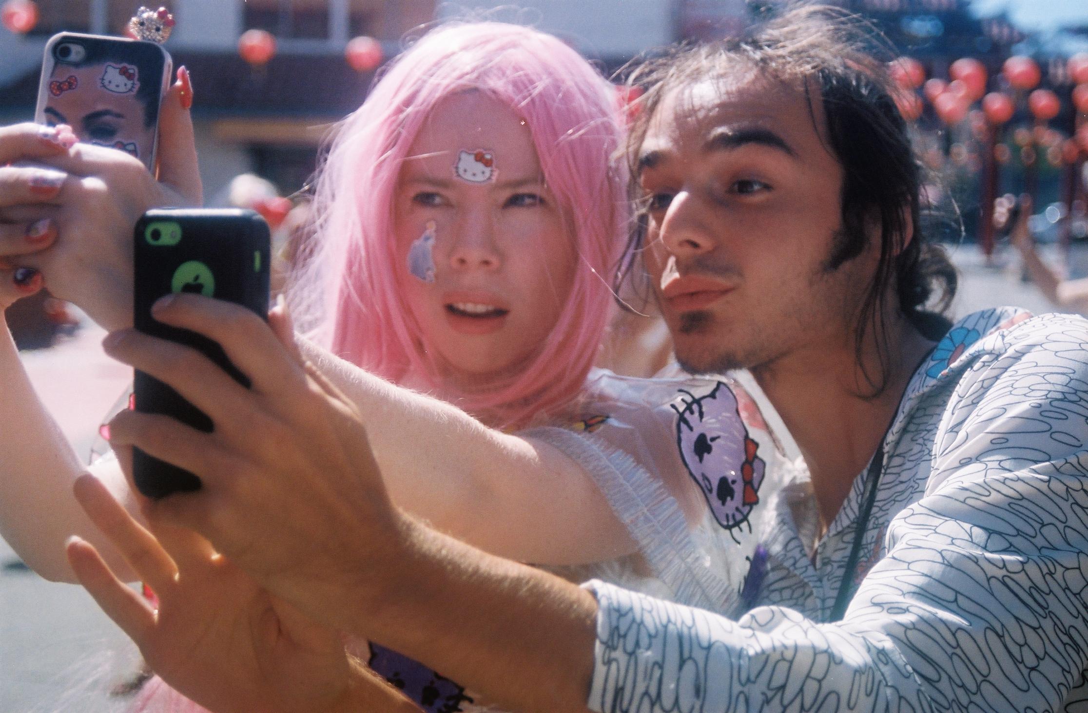 Hello Selfie, photo documentation by Jessie Askinazi